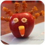 Kid's Thanksgiving Activity: A Turkey Snack
