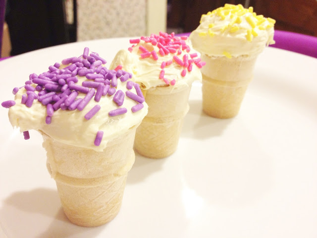 Mini Ice Cream Cone Cupcakes || The Chirping Moms