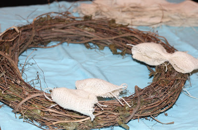 DIY Burlap Fall Wreath II The Chirping Moms