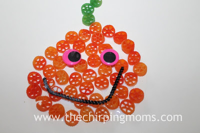 Toddler Halloween Craft : The Chirping Moms