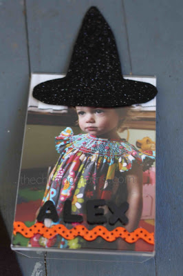 Personalized Witch Frame : The Chirping Moms
