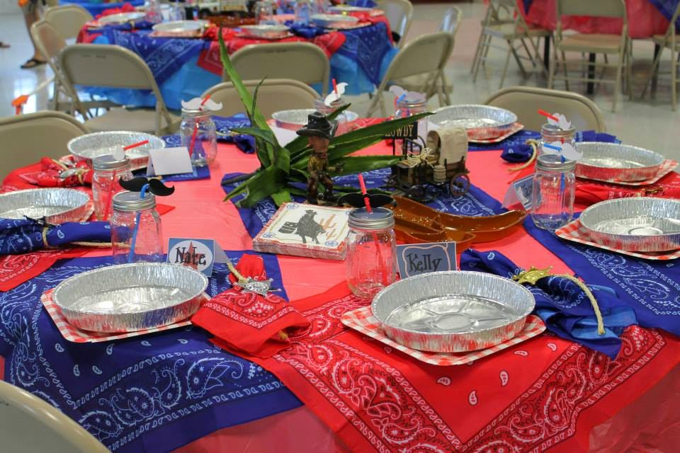Wild West Birthday Party Tables