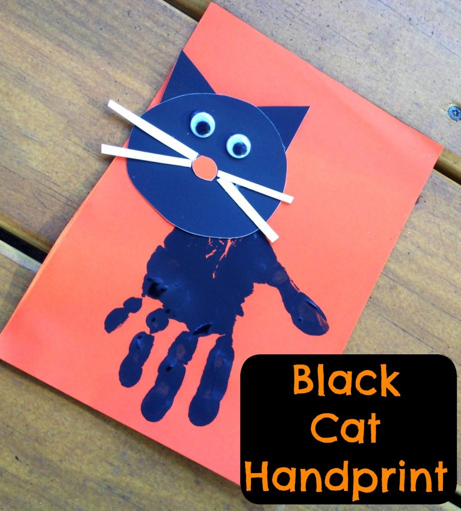 Construction Paper Black Cat