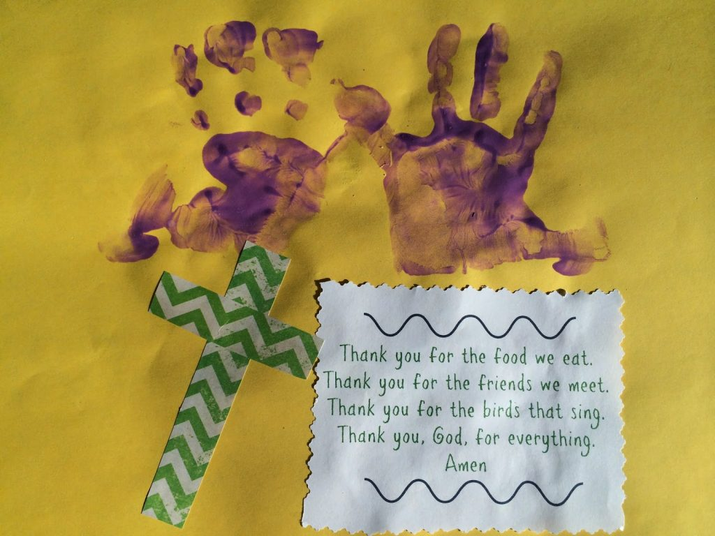 Easter Handprint Craft || The Chirping Moms