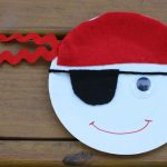 Easy Summer Craft: Paper Plate Pirates
