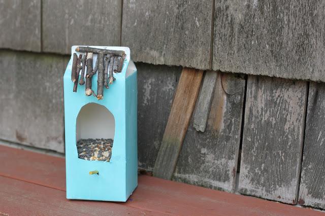 A Fun DIY Bird Feeder and Birdbath