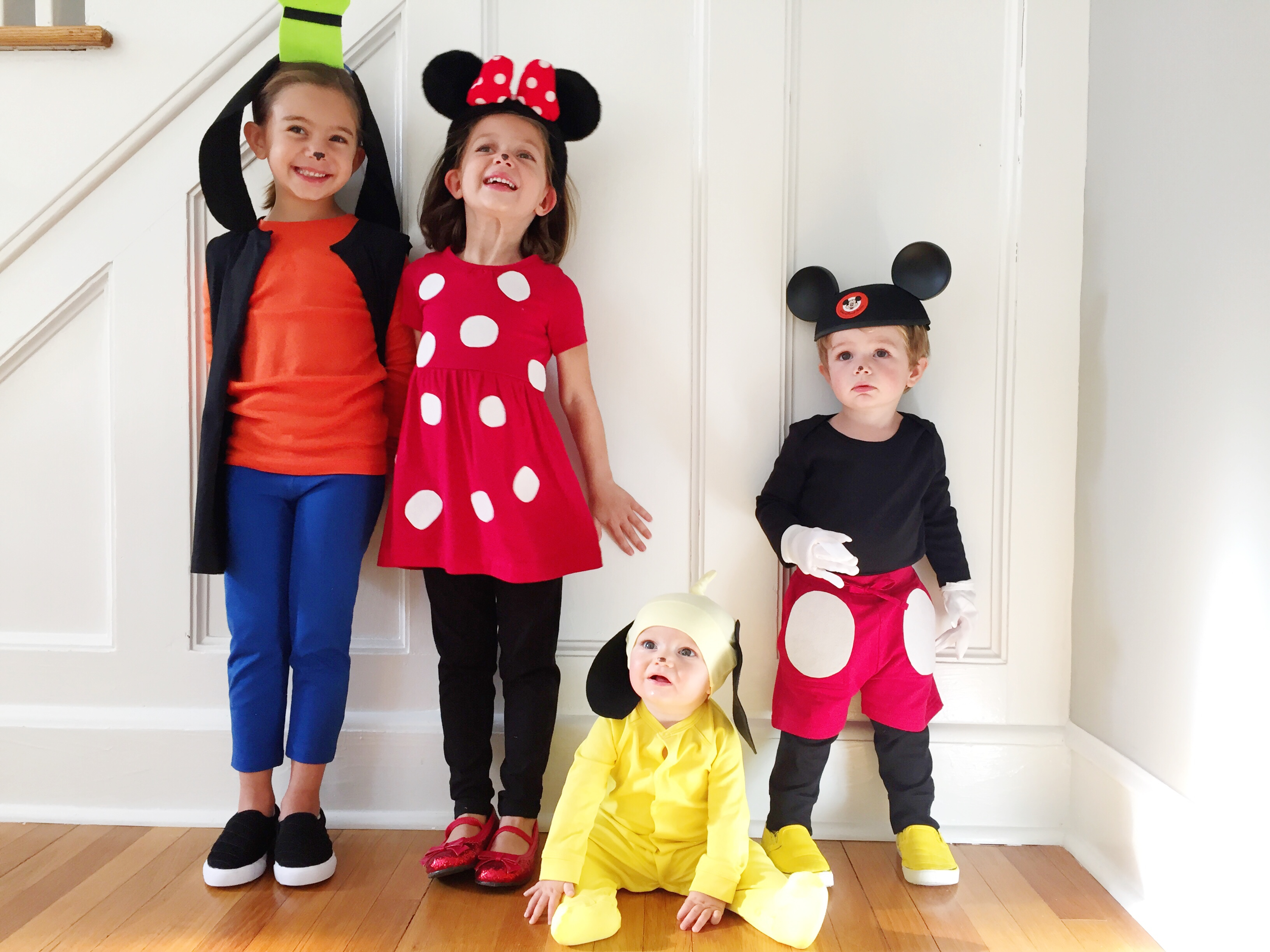 Easy diy mickey pals costumes the chirping moms solutioingenieria Choice Image