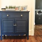 DIY Painted Furniture Makeover using Chalk Paint