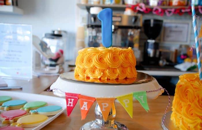 Miles' 1st Birthday Bash: A Classic Birthday Theme