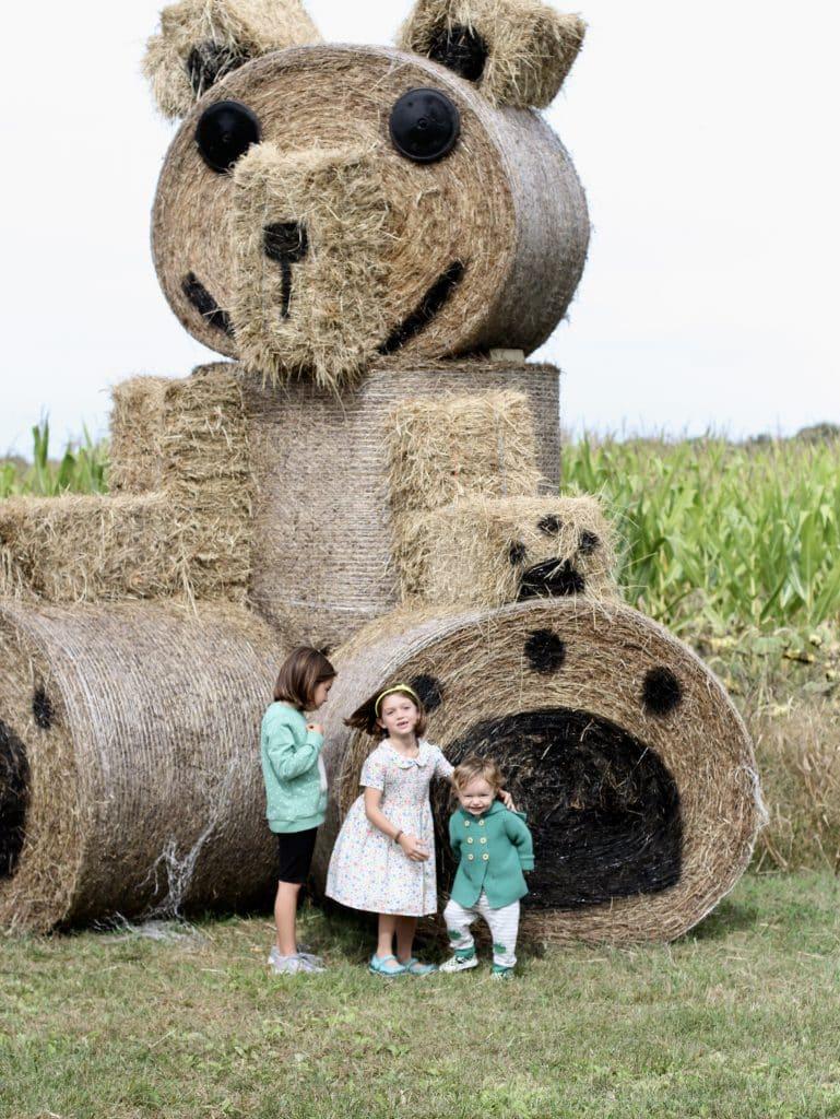 Giant Hay Bear Kesicke Farm