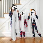 Halloween Craft: Spooky Toilet Paper Ghosts {& Mini Boden Halloween}