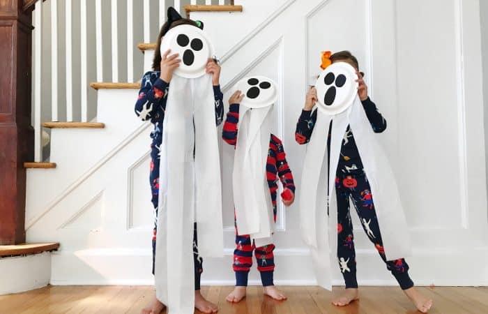 Halloween Craft: Spooky Toilet Paper Ghosts {& Mini Boden Halloween}