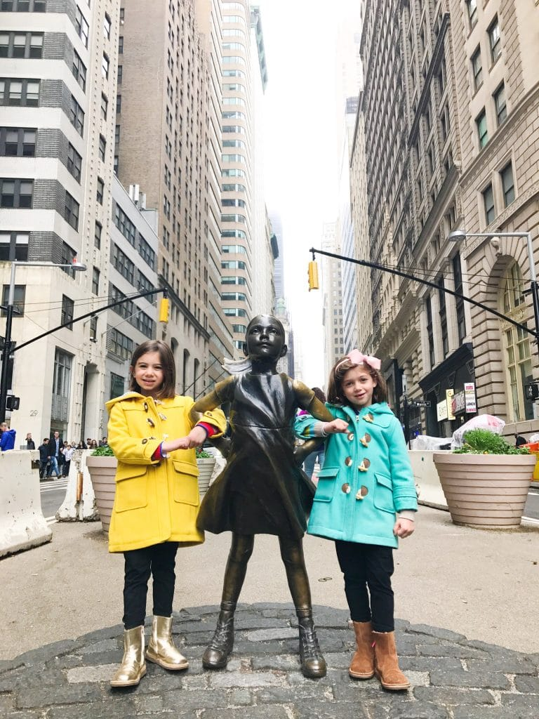 Charging Bull and Fearless Girl Downtown New York