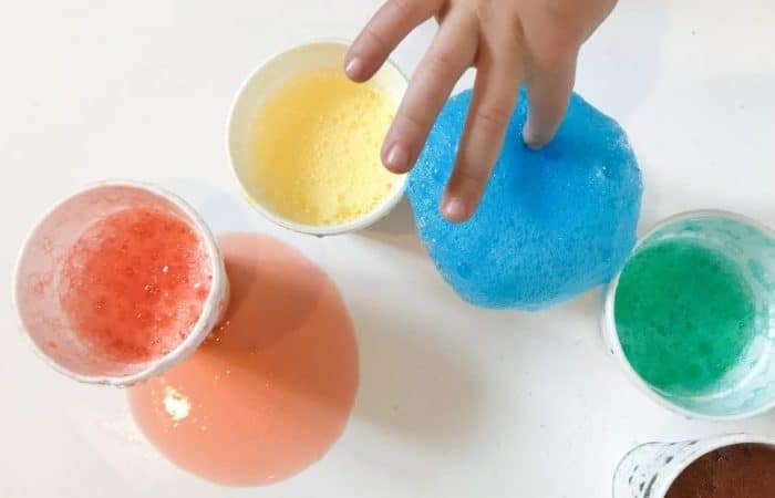 Easy Science for Kids: A Rainbow Eruption