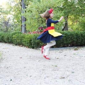 Easy DIY Costumes: Snow White