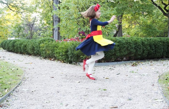 Easy DIY Costumes: Snow White