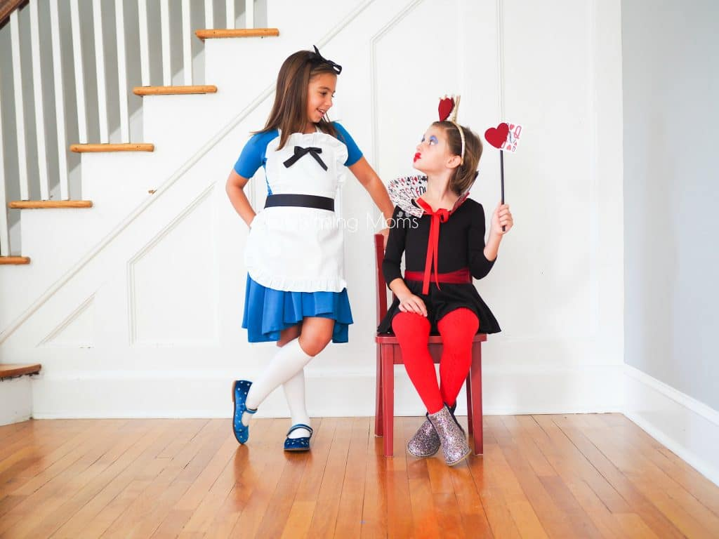 Easy Diy Alice In Wonderland Queen Of Hearts Costumes