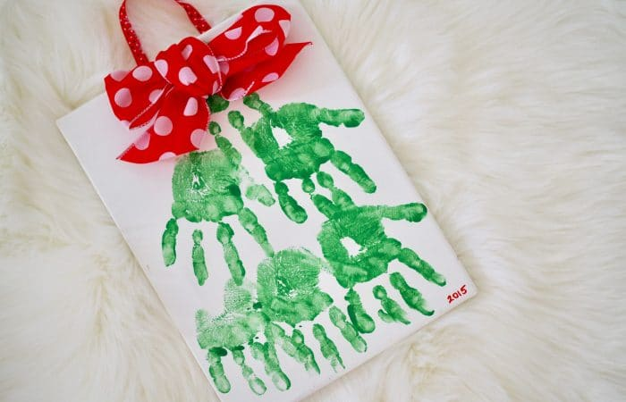 Christmas Handprint Craft: Handprint Christmas Tree