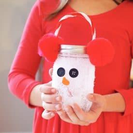Fun Winter Craft for Kids: Snowman Luminary