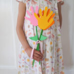 Mother's Day Craft: Easy Hand Shaped Flower Bouquet